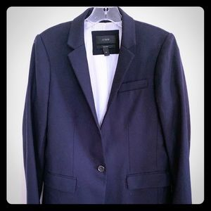 New ladies J.Crew wool navy blue blazer. Size 4 T